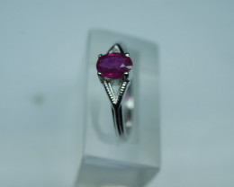 NATURAL HITTED RUBY  OVAL SHAPE 92.5 STERLING RING ( 7.75 US )