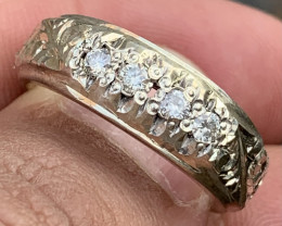 Hand crafted Natural Diamond Ring.