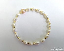 Natural Freshwater Pearls Bracelet (Small Size)
