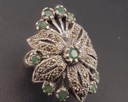 Antique Design Natural Emerald Ring