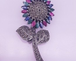Natural Emereld, Ruby And Sapphire Brooche