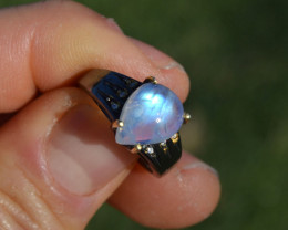 Moonstone Ring in Sterling Silver
