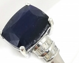 Sapphire and Diamond Ring 4.90tcw.