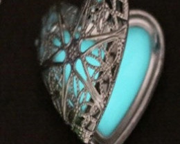 Lovers Luminous Heart Pendant Ch 975 -2