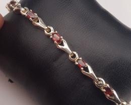 New Style Natural Rhodolite Garnet Bracelet.