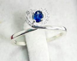 9.95 carat royal blue sapphire  silver ring.