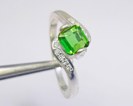 11.00 carat green tourmaline with 925 Silver Ring.