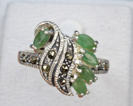 Antique Design Natural Emerald Silver Ring