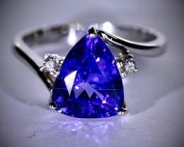 Tanzanite 4.24ct Diamonds Solid 18K White Gold Multistone Ring