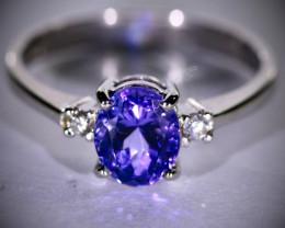 Tanzanite 2.02ct Diamonds Solid 18K White Gold Multistone Ring