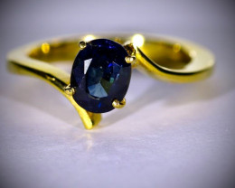Blue Sapphire 2.05ct Solid 18K Yellow Gold Ring