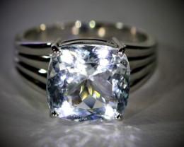 Aquamarine 5.22ct Solid 18K White Gold Ring