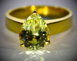 Laletema Yellow Grossular Garnet 3.02ct Solid 18K Yellow Gold Ring