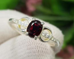 Natural Red Rhodolite Garnet 11.25 Carats 925 Silver Ring