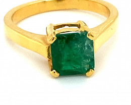 Emerald 1.89ct Solid 18K Yellow Gold Ring
