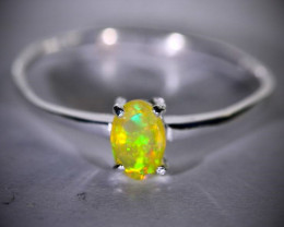 Welo Opal .27ct Platinum Finish Solid 925 Sterling Silver Ring