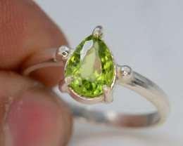8.20 Ct Silver Ring ~ With Natural Green Peridot Stone