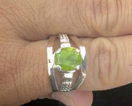 27.40 Ct Natural Greenish Transparent Peridot Gemstone Ring