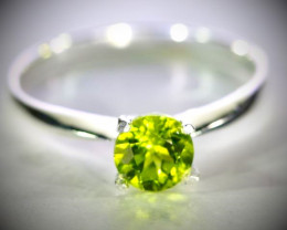 Peridot 1.30ct Platinum Finish Solid 925 Sterling Silver Ring