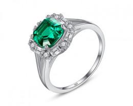 Silver 925 Quailty Emerald Green  Fashion Ring size 7 code CCC 1496