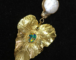 Hibicus design  -Baroque Pearl & Opal   Pendant  24k Gold Plated  CCC 1522