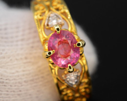Unique Design 18.95 Ct Gold Platted Silver Ring ~ With Padparadscha Sapphir