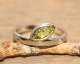 Natural Peridot 925 Silver Ring 385