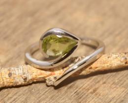 Natural Peridot 925 Silver Ring 471