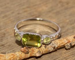 Natural Peridot 925 Silver Ring 457