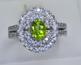 26.40 Crt Natural Peridot 925 Silver Ring