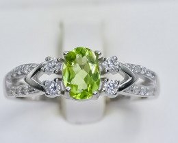 16.54 Crt Natural Peridot 925 Silver Ring