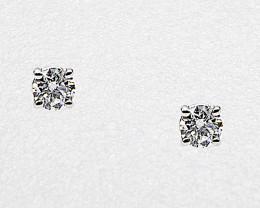 Diamond Stud Earrings Mounted in 14k White Gold, Brilliant Cut, Diamond is