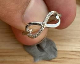 Beautiful Natural Diamonds Ring.