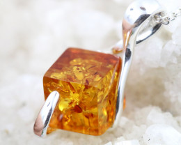 Natural Baltic Amber Sterling Silver Pendant code GI 1050