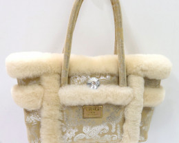 SHEEPSKIN HANDBAG #LIGHT CHEST