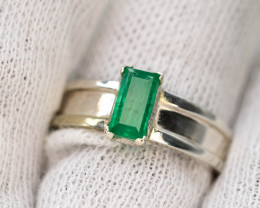 28.30 Ct Silver Ring ~With AAA Clarity Swat Emerald ~Ring