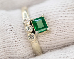 10.40 Ct Silver Ring ~With AAA Clarity Swat Emerald Stone ~Ring