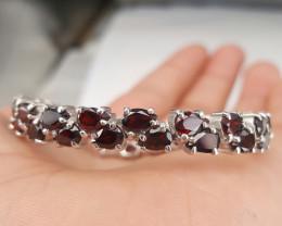 Natural Garnet gorgeous Bracelet