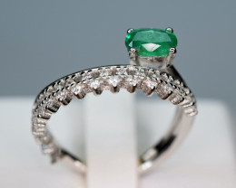 Natural  0.49Ct Precious Top Green Color Emerald ,CZ 925 Silver Ring