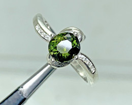 Natural 11.00 Carats Green Diopside 925 Silver Ring, 6x6x3 mm