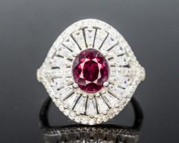 Unique Design 25.0 Ct Silver Ring ~ With Garnet Stone