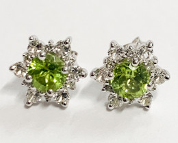 Natural Peridot 1.21 Ct And Topaz ~ Silver Earring
