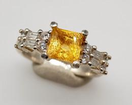 Natural Yellow Citrine 18.20 Carats 925 Silver Ring