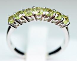 Natural several Pieces Peridot 925 Silver Nice Ring