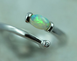 Opal Fire  Crystal set in Silver 925 Ring Size 7.5 Code CCC2648