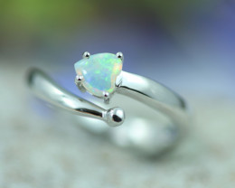 Opal Fire  Crystal set in Silver 925 Ring Size7  Code CCC2667