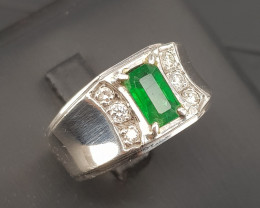 Natural Emerald With Platinum Ring
