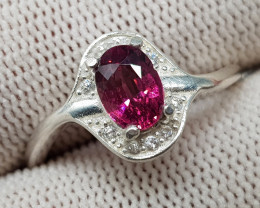 Natural Rhodolite Garnet 11.70 Carats 925 Silver Ring