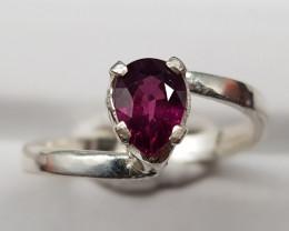 Natural Rhodolite Garnet 12.30 Carats 925 Hand Made Silver Ring