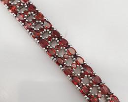 A beautiful Natural Garnet Bracelet.